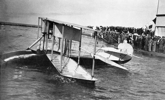 Jack Vilas in his Curtiss F after his 1913 flight over Lake Michigan.
